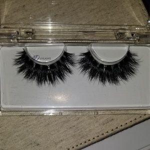 CoCo Lashon Beauty Secrets